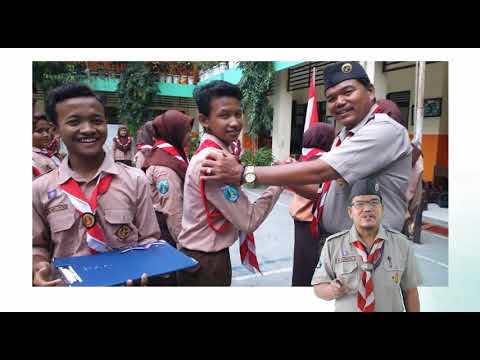 Materi Kepramukaan SMPN 43 Surabaya Oleh Kakak Mujianto