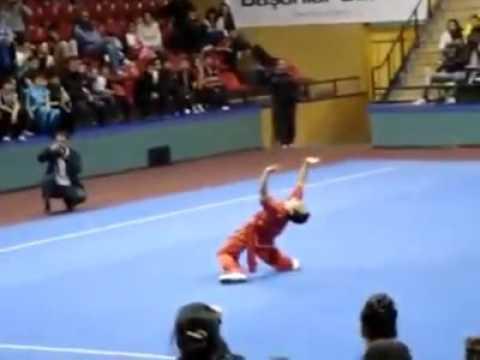 Shaolin Kongfu Zhenzhou City - YouTube
