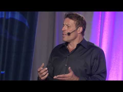 Tony Robbins introduces Jay Abraham, world #1 business & marketing strategist