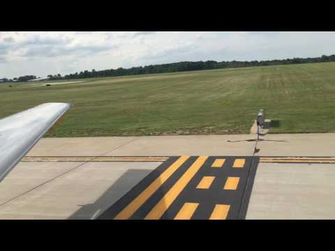 American Eagle Takeoff from Gerald R. Ford International Airport(GRR)-Embraer 145