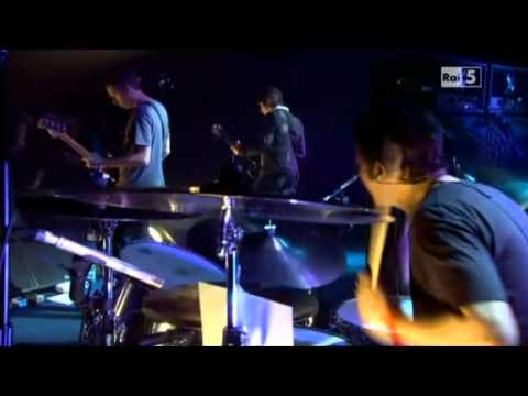 Oasis (Noel) - Falling Down - live@Black Island Studios