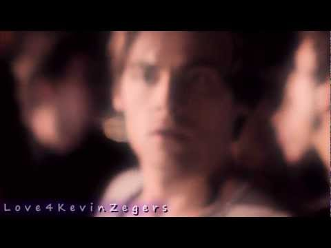 Kevin Zegers -Fly Away