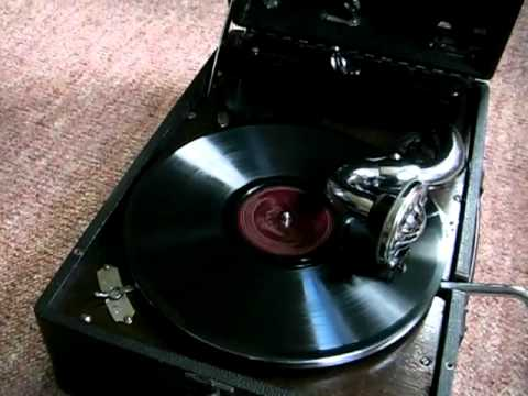 In The Mood - Glenn Miller  78 RPM on HMV 102