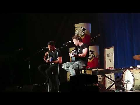 Morgan Wallen Whiskey Glasses Lyrics Amp Pictures Mp3 Song