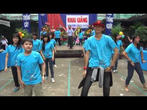 Flashmob Vút Bay(8a3 Trường THCS Đoàn Thị Điểm)