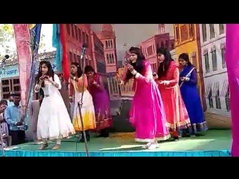 New Clg Girls Dance Jaha Pav Me Payal Hath Mein Kangan Ho Mathe Par Bindiya.....2018
