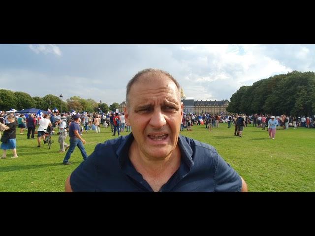 Yvan Benedetti à Paris dans la manif Philippot