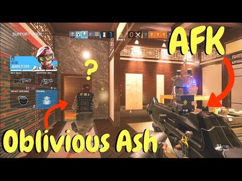 AFK Alibi Trick in Rainbow Six Siege (Alpha Pack Opening)