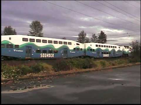 SOUNDER commuter train
