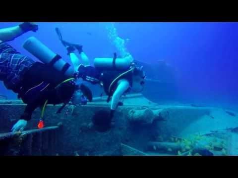Scuba with Bahama Divers in Nassau - October 2017