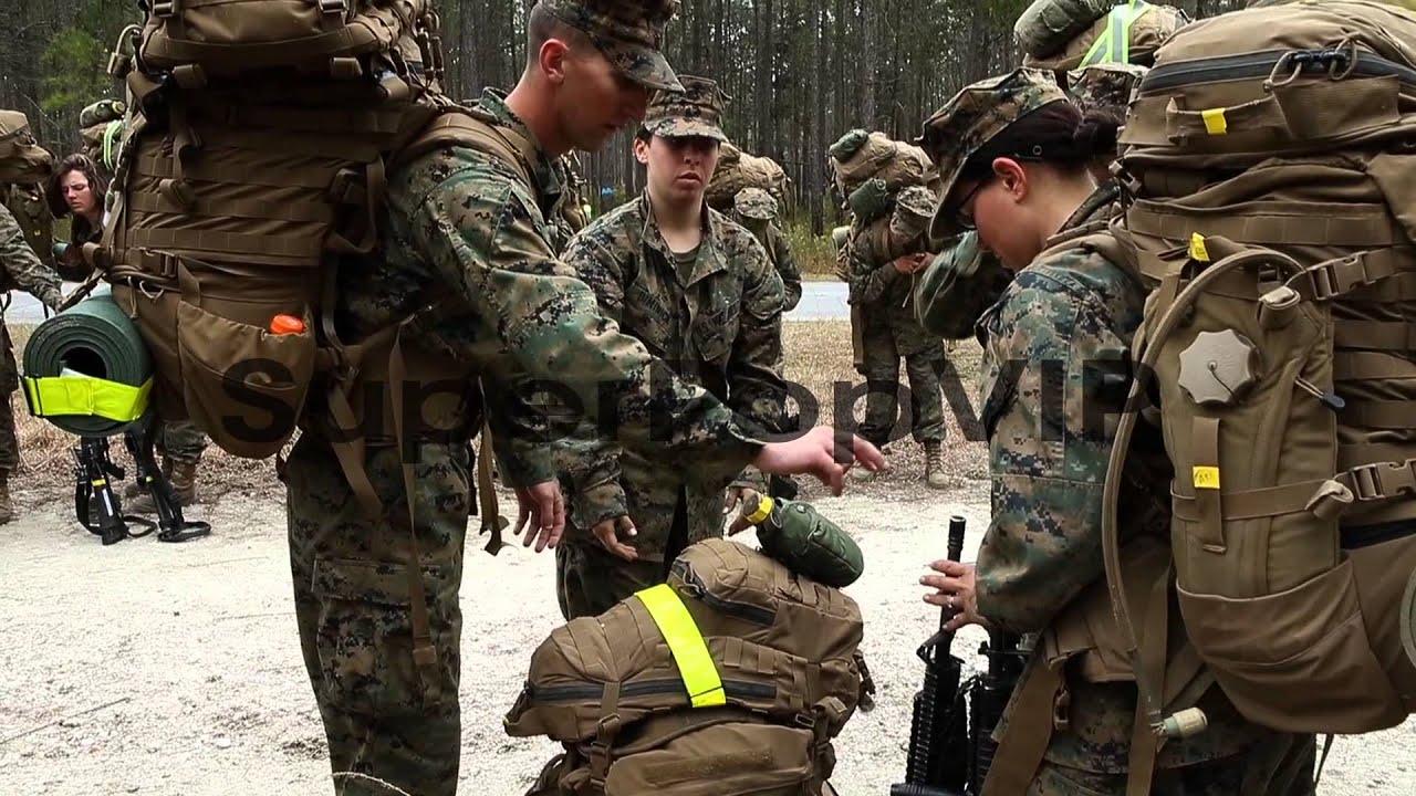 male and female marines resume a 10 kilometer hike carryi youtube
