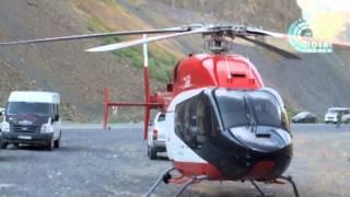 Ambulans helikopter Çukurca karayoluna iniş yaptı