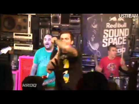 6/6 New Found Glory - My Friends Over You - Live @ KROQ (October 4, 2011)