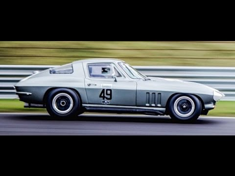 corvette stingray ac cobra historic grand prix zandvoort 2014 youtube. Black Bedroom Furniture Sets. Home Design Ideas