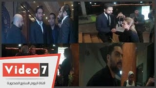 بالفيديو..رامى جمال وحسن الشافعى وحسام حبيب وسيمون يقدمون واجب العزاء للشاعر أمير طعيمة