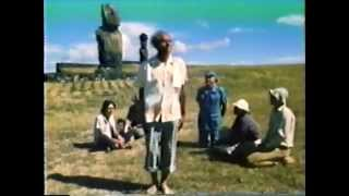 Rapa Nui native demonstrates how Easter Island moai statues walked