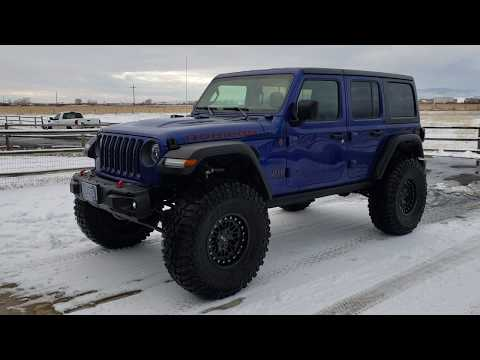 JL Wrangler Rubicon on 40's walk around