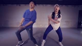 APEST THE CARTERS YEah Choreography mirror