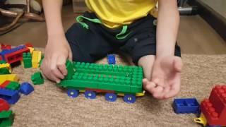 Поезд из блочного конструктора