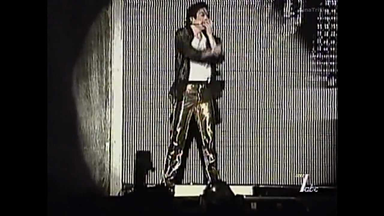 Download Michael Jackson - You Are Not Alone Live In Bucharest