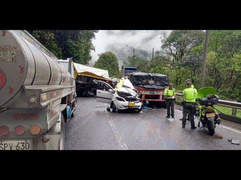 Cierran la vía Bogotá – Villavicencio por accidente de tránsito que deja un muerto
