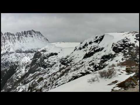 A short walk to the Cradle Mountain Plateau