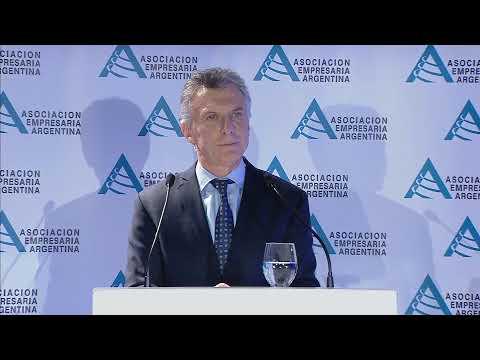Mauricio Macri: Buscamos proteger los ahorros de la clase media