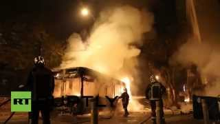 Greece mad riots video: Athens protesters smash & burn cars, clash with police(At least 15 people have been arrested after a peaceful support rally for jailed hunger strike anarchist turned into violent confrontation with police. Authorities ..., 2014-12-03T08:15:54.000Z)