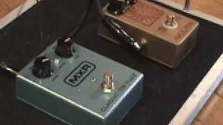 Silicon Fuzz Pedal Shootout ANALOGMAN Sunface BC108 vs MXR Classic 108 with SG & Jaguar Jr amp