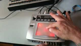 circuit bent bending korg kaoss pad kp-1 1 live vocal sample i saw mommy kissing santa claus