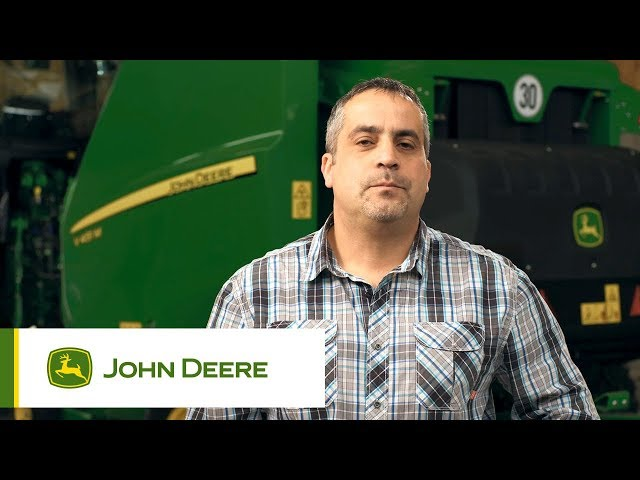 John Deere - Customer experience V451M Baler, Reichert, Germany