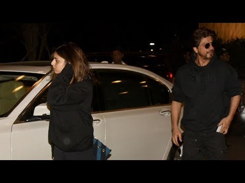 Shah Rukh Khan Snapped With Gorgeous Daughter Suhana Khan At Airport