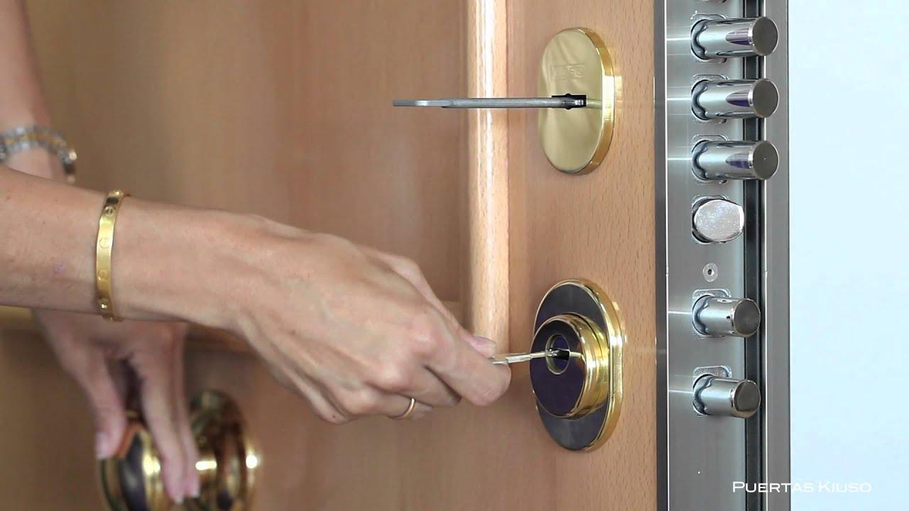 Puerta kiuso con cerradura doble vista desde el youtube - Cerraduras para puertas de madera precios ...