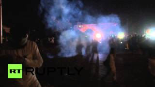 Pakistan: Watch protesters march on Prime Minister Nawaz Sharif