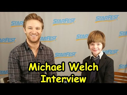 Michael Welch  at Starfest 2015  ActOutGames
