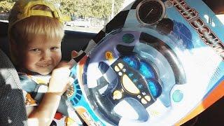 Видео обзор Музыкальный детский игровой руль Musical childrens play wheel ЮНЫЙ ВОДИТЕЛЬ #Игрушки