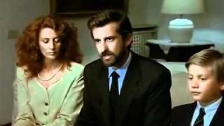 Due scene sempre attuali del Portaborse di D. Luchetti, 1991