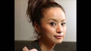 鈴木亜美が7歳年下の会社員と結婚したことが、今月3日所属事務所の発表...