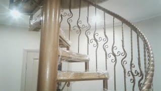 видео Как сделать винтовую лестницу своими руками