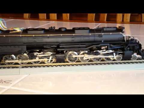Vintage Rivarossi UP 4005 Big Boy 4-8-8-4 TCS DCC