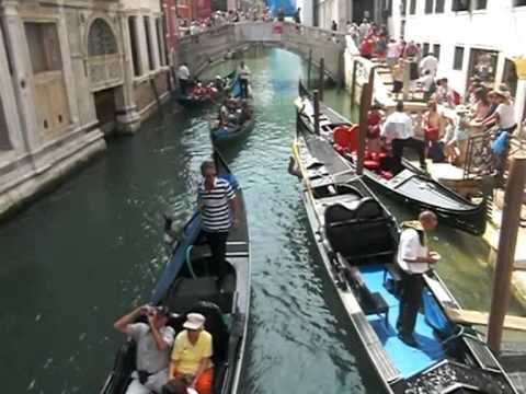 Gondels In Venetie Youtube