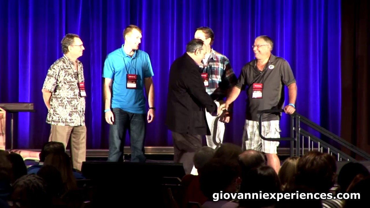 Giovanni Livera (Motivational Keynote Speaker) - YouTube