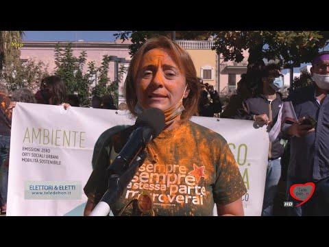 ANDRIA: PASSEGGIATA COLORATA DI GIOVANNA BRUNO