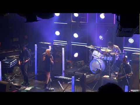 Metric - Speed The Collapse Live @ Melkweg Amsterdam 04-07-2012