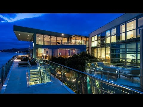 One of the best beach front mansions in Malibu
