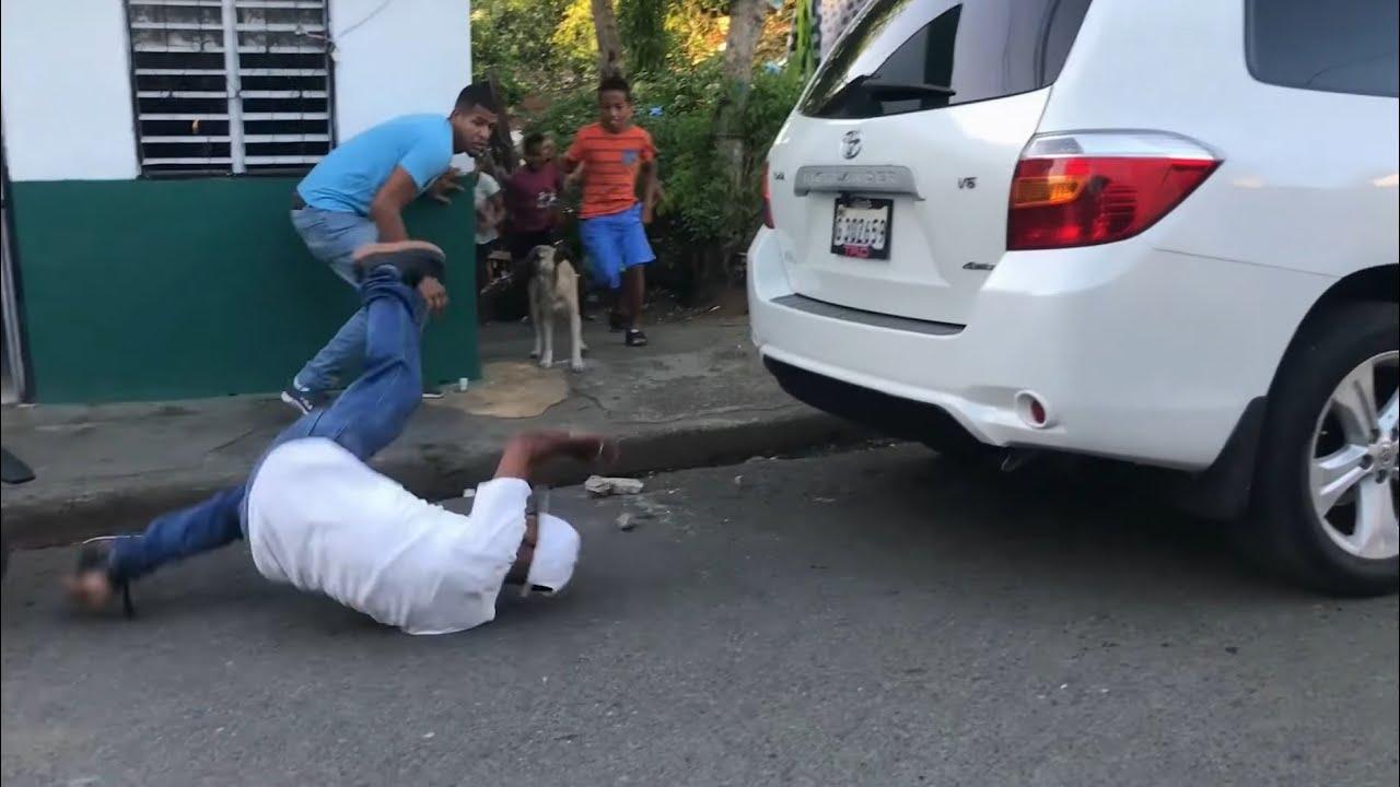 BESINA MANDA A COMPRAR SALCHICHON CON EL MAS BRUTO DEL BARRIO Y ESTO FUE LO QUE PASO