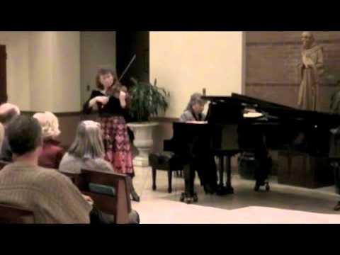 """Marta and Danuta Szlubowska playing Wieniawski's Mazurka - """"Kujawiak"""""""