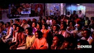 Nene Madhuri Aithe Movie Scenes - Antara Mali & Rajpal Yadav watching devdas movie