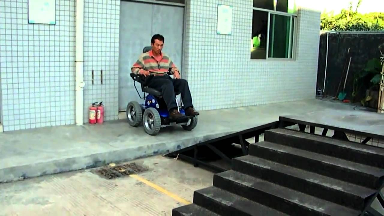 Silla de ruedas electrica subeescaleras youtube for Silla de ruedas electrica