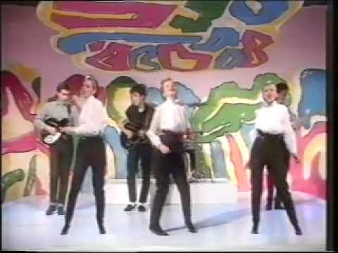 Altered Images - Don't Talk To Me About Love (Sat Show)